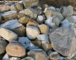 Kamień polny 100 >